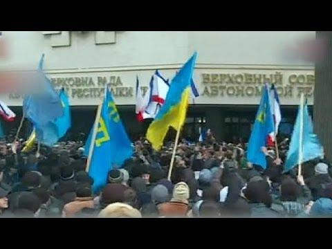 Crimean Tatar protesters protest in Simferopol
