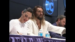 Fan frenzy for 'Justice League'