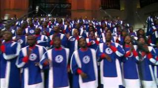 """I Love To Praise Him"" - Mississippi Mass Choir"
