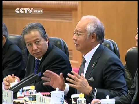 Chinese, Malaysian premiers discuss ties