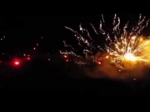Bắn Pháo Hoa Mừng Năm Mới Theo Phong Cách Taliban