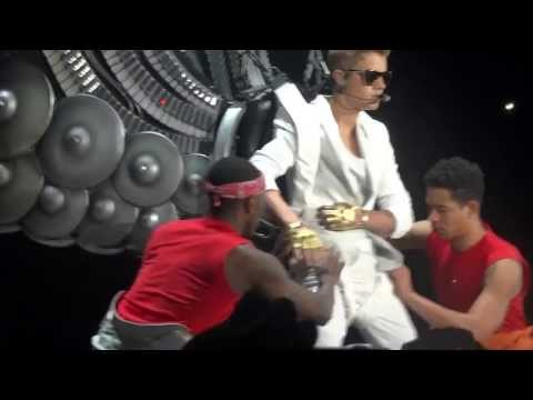 Videos from Justin Bieber&#39;s Latest &#39;Believe&#39; Tour Concert in Belgium! 