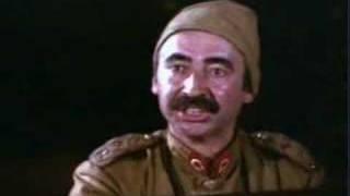 Kemal Sunal (Komik,Kemal Sunal (Asker-Kisa Film).wmv