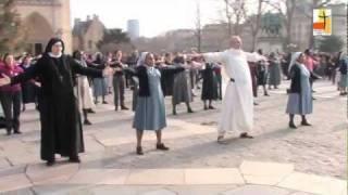 Brother & Sister Act_600 Jeunes Religieux/ses Dans Une