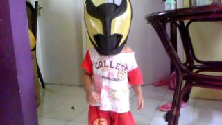 baby kiva lagi coba helm kamen rider kiva.3gp view on youtube.com tube online.