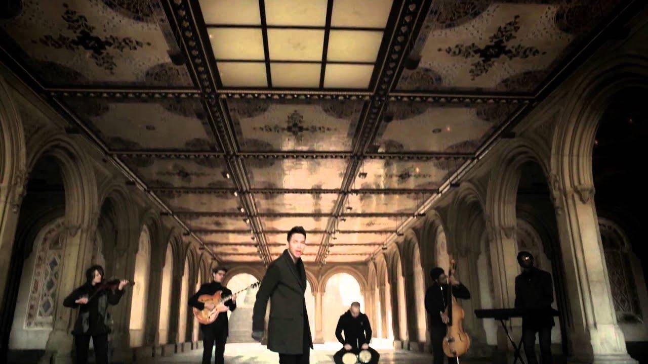 PRINCE ROYCE - Las Cosas Pequen?as (Official HD Video)