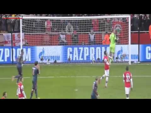 Mesut Özil Misses Penalty 0-0 Arsenal vs Bayern München | 19-2-2014 Champions League HD