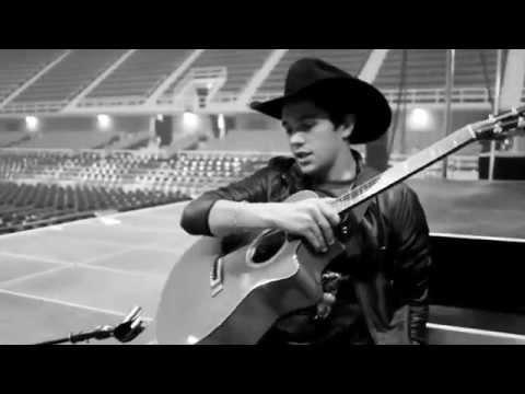 Austin sings Michael Jackson & George Strait