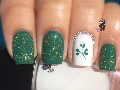 St Patty's Clover Nails