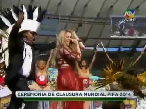 Shakira - La La La (Ceremonia de Clausura Mundial FIFA 2014 ) ft. Carlinhos Brown