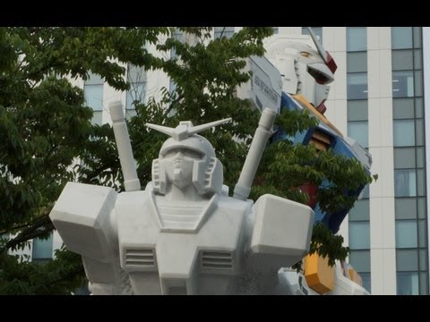 台場で過ごす夏休み Summer vacation in Daiba coast including image of Gundam sculpture of marble