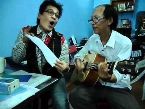 Thay NGON giao luu voi MC THANH BACH(XIN LAM LA BAY)