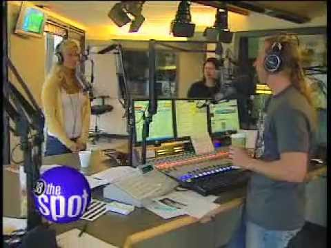 Holly Starr at 98.9 The Rock with Johnny Dare - YouTube