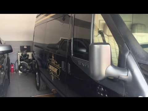 Đóng mở cửa tự động trên Ford Transit