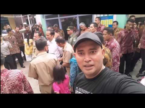 Presiden Jokowi Blusukan Disambut Meriah Oleh Warga Pulau Geulis Bogor