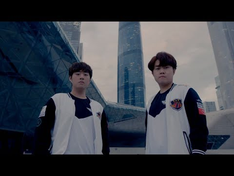 Welcome to S7 LoL Worlds 2017 Quarter Finals: SK Telecom T1 vs Misfits! teams enter the stage!