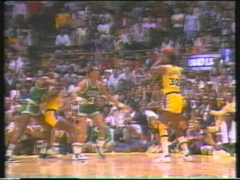 Magic Johnson Always Showtime (ITA) 2/3
