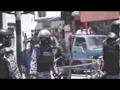Maldives Coup Police drags boy from the street & pepper sprays his eyes close range