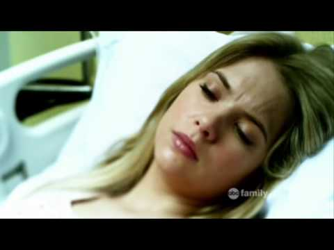Pretty Little Liars 1x11 -Alison visits Hanna at the hospital, Hanna dreams about Alison visiting her.