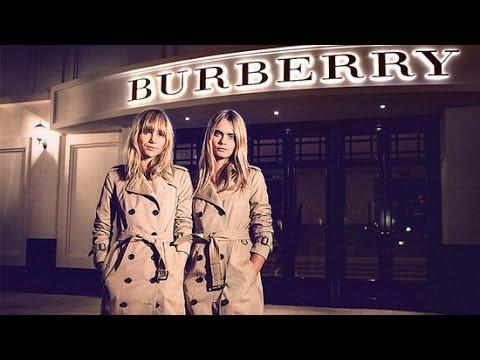 Cara Delevingne and Suki Waterhouse Make a Dramatic Burberry Entrance | POPSUGAR Live!