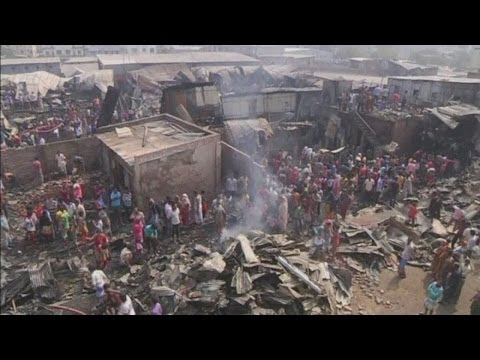 Child killed and hundreds of homes destroyed in devastating fire at Bangladesh slums