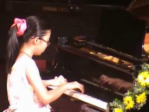 Xem Video Clip lớp học đàn organ cho trẻ em và người lớn