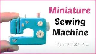 Cómo hacer una máquina de coser en miniatura