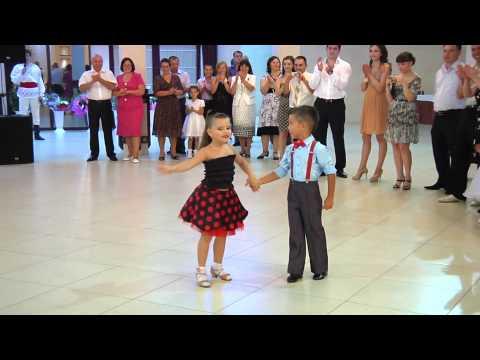 [HD] HAI BÉ NHẢY DANCESPORT