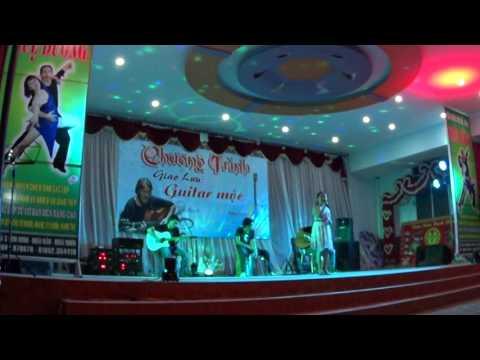 CHUYEN TINH KHONG DI VANG HONG THAM GUITAR MOC DONG XANH