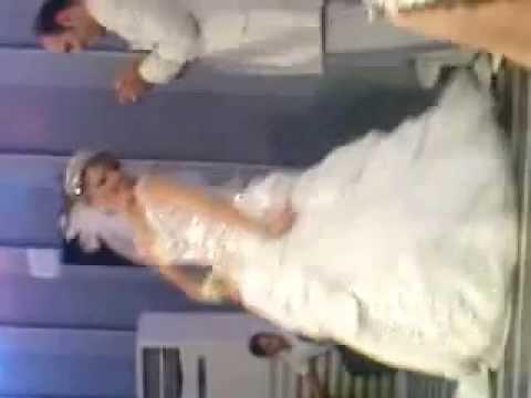 50 آهنگ منتخب کلاسیک برای رقص دو نفره عروس و داماد