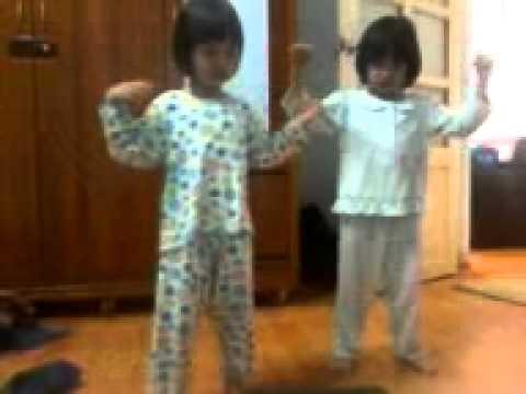 Bé Ivy 5 tuổi và e gái Bobo 4 tuổi nhảy Gentleman