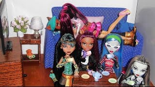 Casa Das Monster High Sala Das Bonecas (dolls' Living