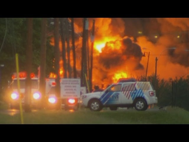 Quebec fire: Massive explosion after train derails in Lac-Megantic