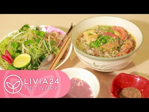 Bún riêu - Vietnamese crab and tomato noodle soup