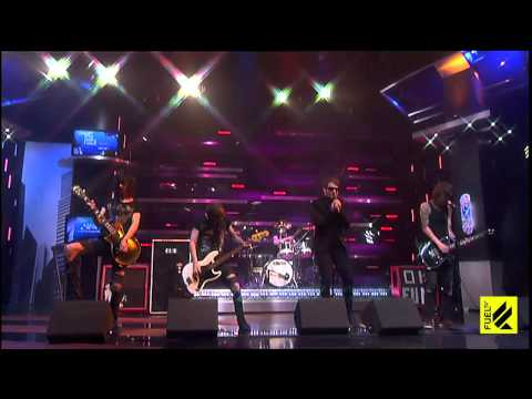 Someone somewhere-Asking Alexandria live on Fueltv