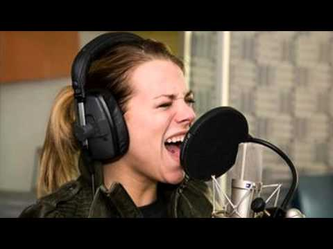 Nikki - How To Break A Heart (Acoustic Live @ Omroep Brabant Radio)