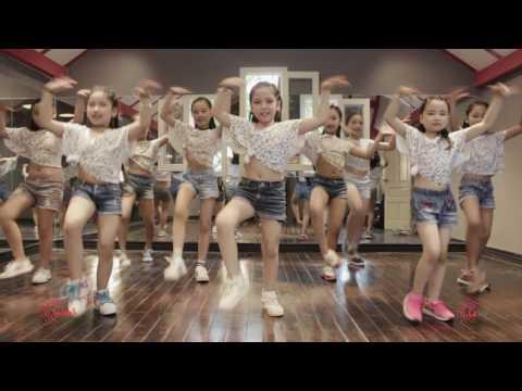 I'm The Best | Lakid | Zumba Dance Workout | Zumba Fitness Vietnam | LaZum3