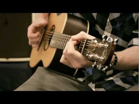 Journey Instruments ''Overhead'' travel guitar intro at NAMM