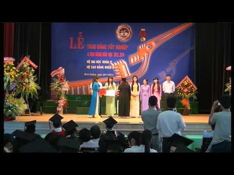 Lễ khai giảng năm học 2013 - 2014 và trao bằng tốt nghiệp khóa 2009 - 2013