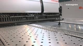 Изготовление промышленной двери на панелегибе SALVAGNINI P4Xe