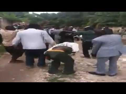 FUNNY HAITIAN FUNERAL EVER  CRY & LAUGH/ mwen paka rele anmwe wo