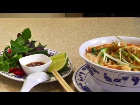 Uyen Thy's Cooking Express - Bún Tôm Bình Định