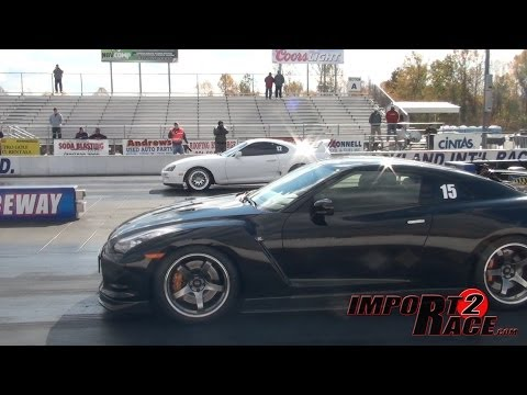 Supra vs GT-R drag race