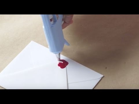 How to Use Crayons in Glue Guns for Wax Seals