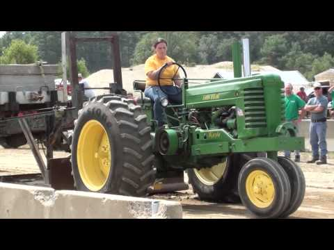Kerrin Souza - Rochester Country Fair Tractor Pull - 8/17/13 -  5000 Pound Class