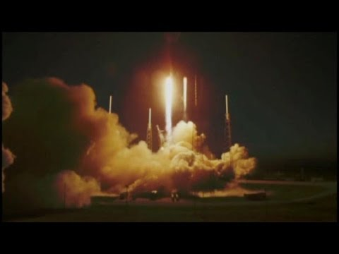 Liftoff: SpaceX Launches Falcon 9 Spacecraft
