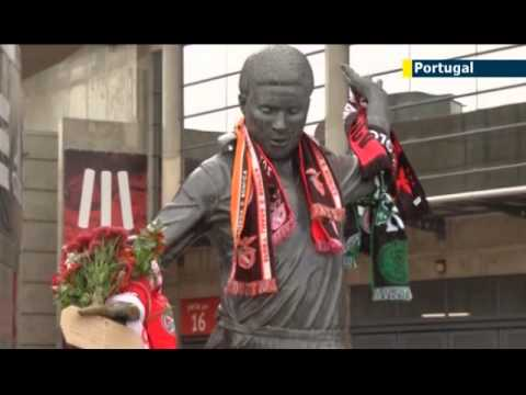 Football legend Eusebio dies at 71: Eusebio was celebrated star player for Benfica and Portugal