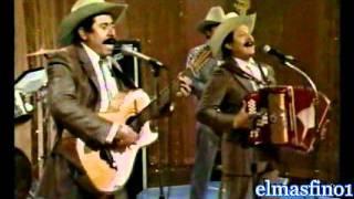 Enterrare tu recuerdo (audio) Los Cadetes de Linares