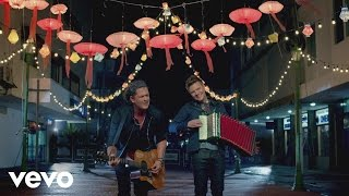 Carlos Vives ft. Michel Telo - Como Le Gusta a Tu Cuerpo