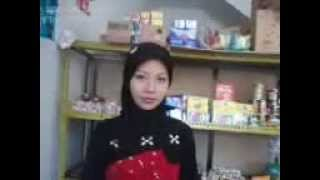 The simple beauty of Indonesian Girl .3gp view on youtube.com tube online.